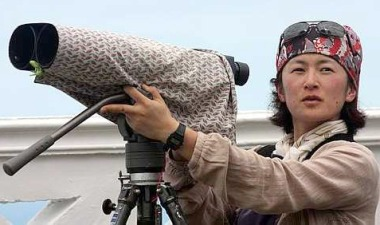 Image: Keen birdwatcher: Motoko Saeki from Japan was among the foreign participants who gathered at Tanjung Tuan.